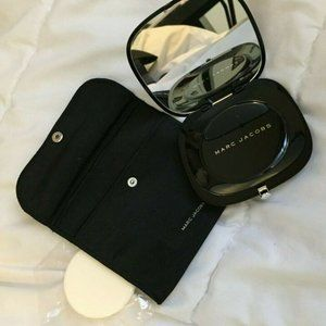 BN Marc Jacobs Perfection Powder #100 Finish Line